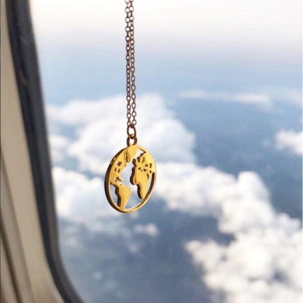 Collier Fantaisie voyage dans le monde
